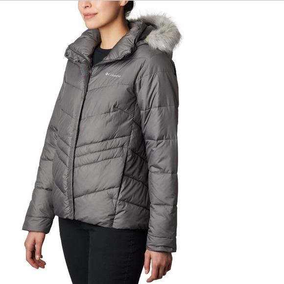 Columbia Women's Peak to Park Insulated fur Jacket